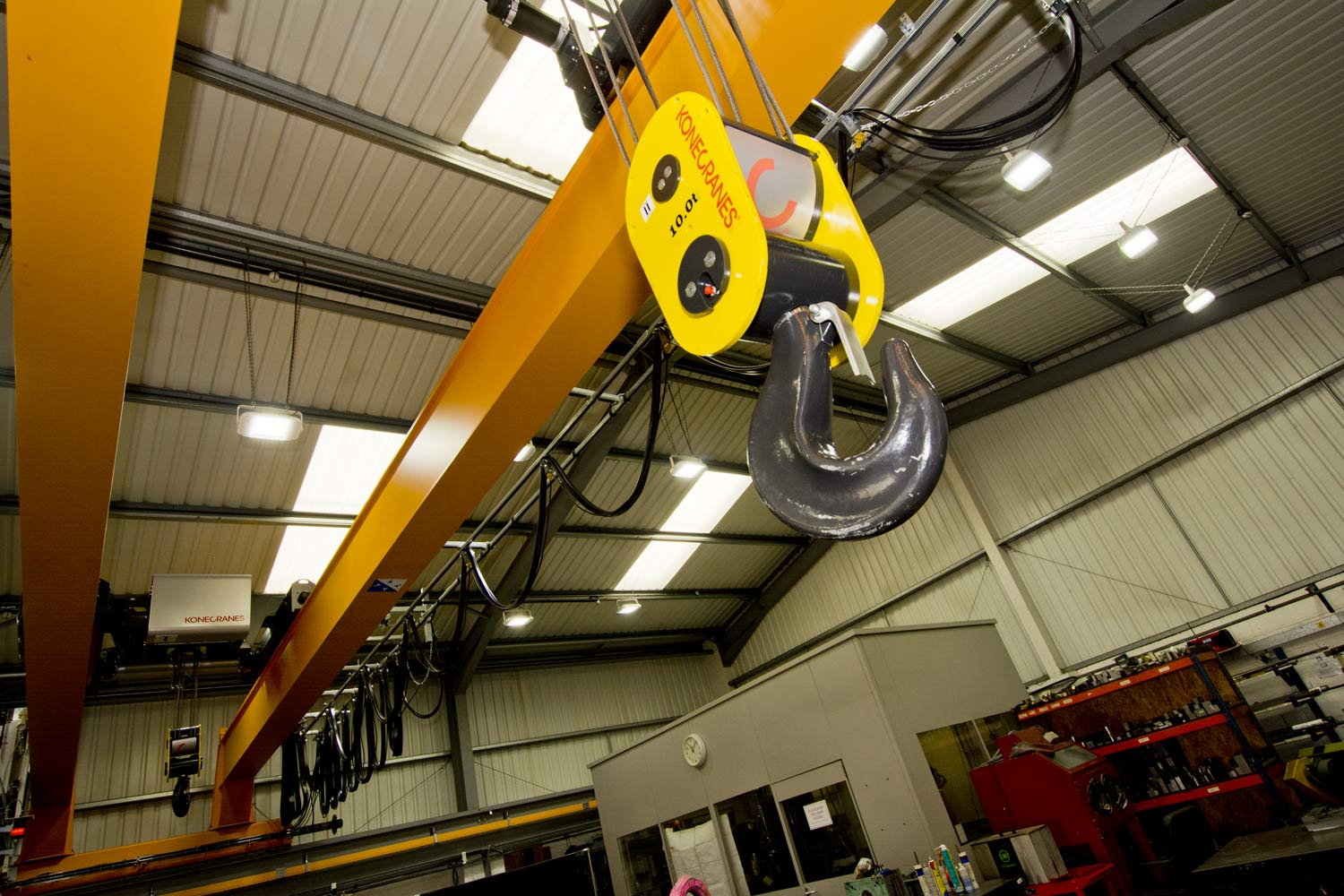 TWIN CRANE CARRIAGE BY C&M MOULD TOOLS